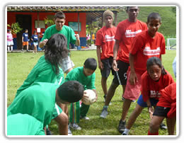 Soccer success for Colombian street kids thanks to volunteers